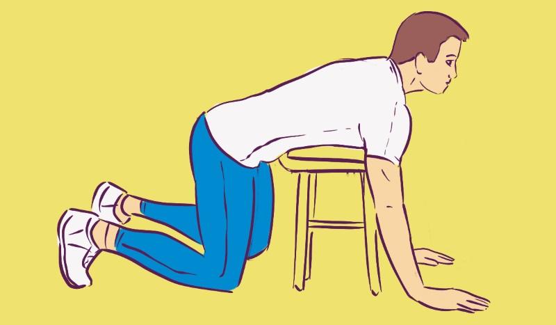 Чтобы спина не страдала от сидячего образа жизни, каждый день делаю растяжку по 10 минут