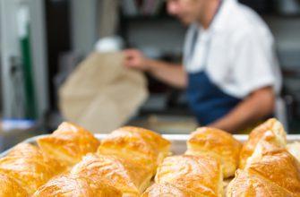 Бросай чистить картошку и закармливать мужа гречкой! Принимайся за тиропиту — пирог, от которого невозможно отороваться.