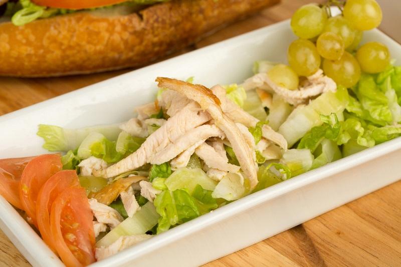 5 фитнес-салатов для плоского живота из цикла «Худеем вкусно». Простые продукты, а какое разнообразие! Легкие, но такие сытные салатики.
