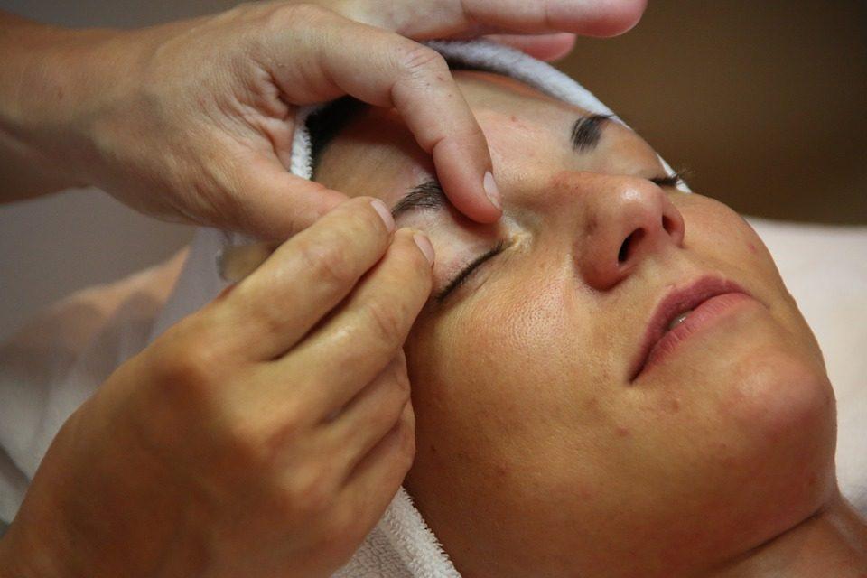 Пошаговые уроки: как самостоятельно создать идеальные брови