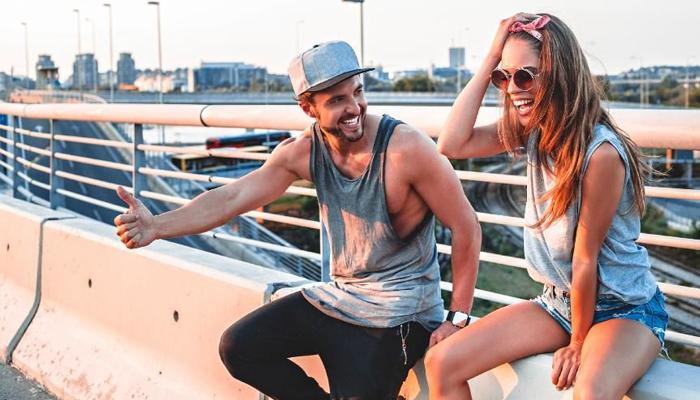 6 вещей, которые вы никогда не должны переставать просить в отношениях